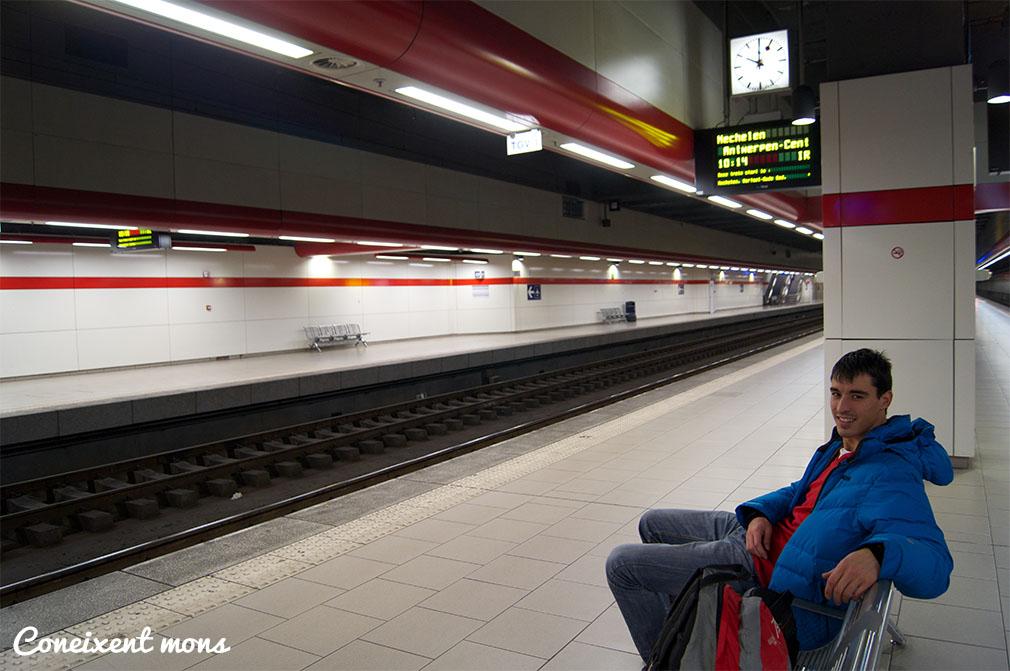 A punt per agafar el tren direcció Anvers.